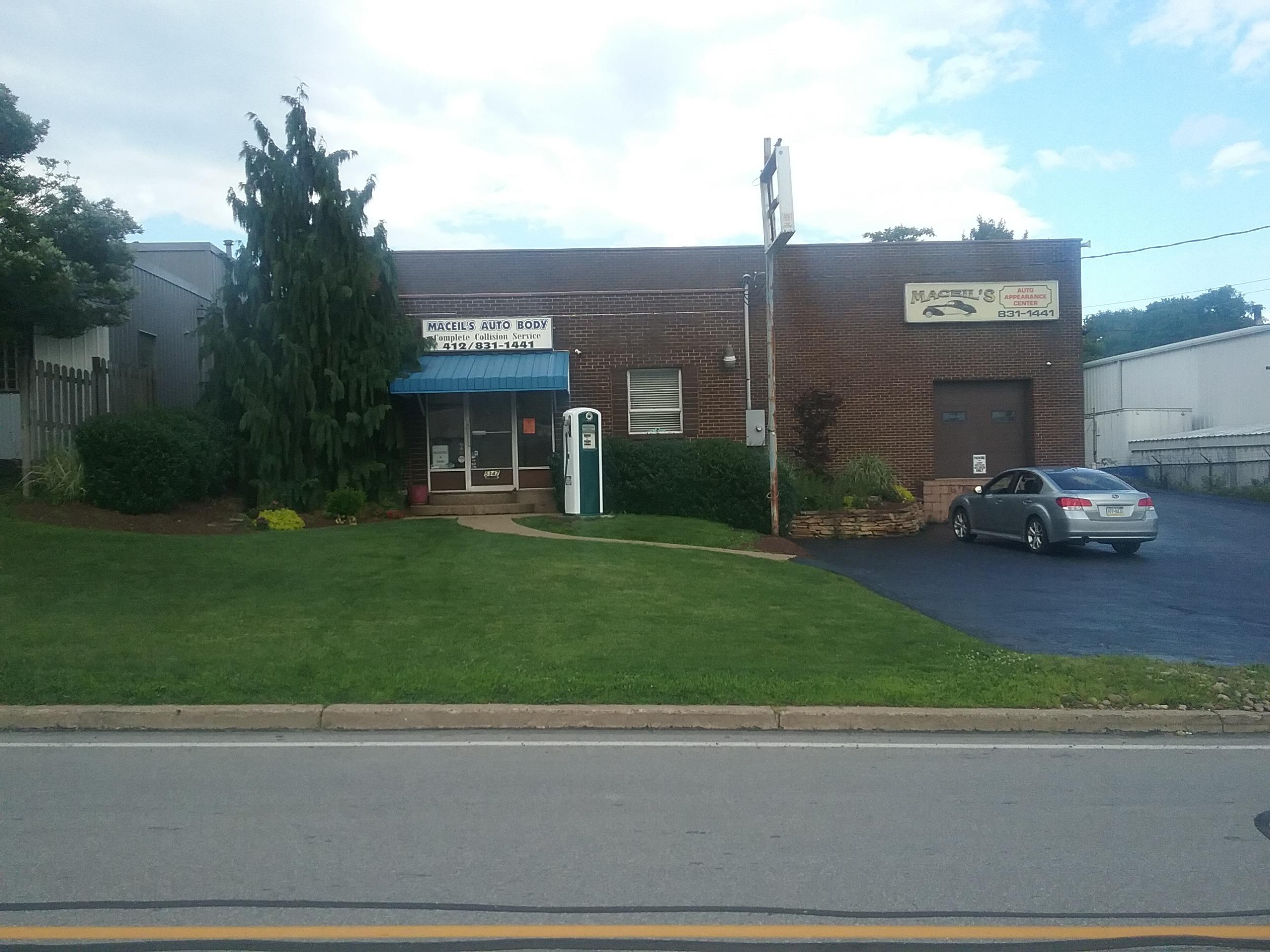 Maceil's Auto Body storefront.